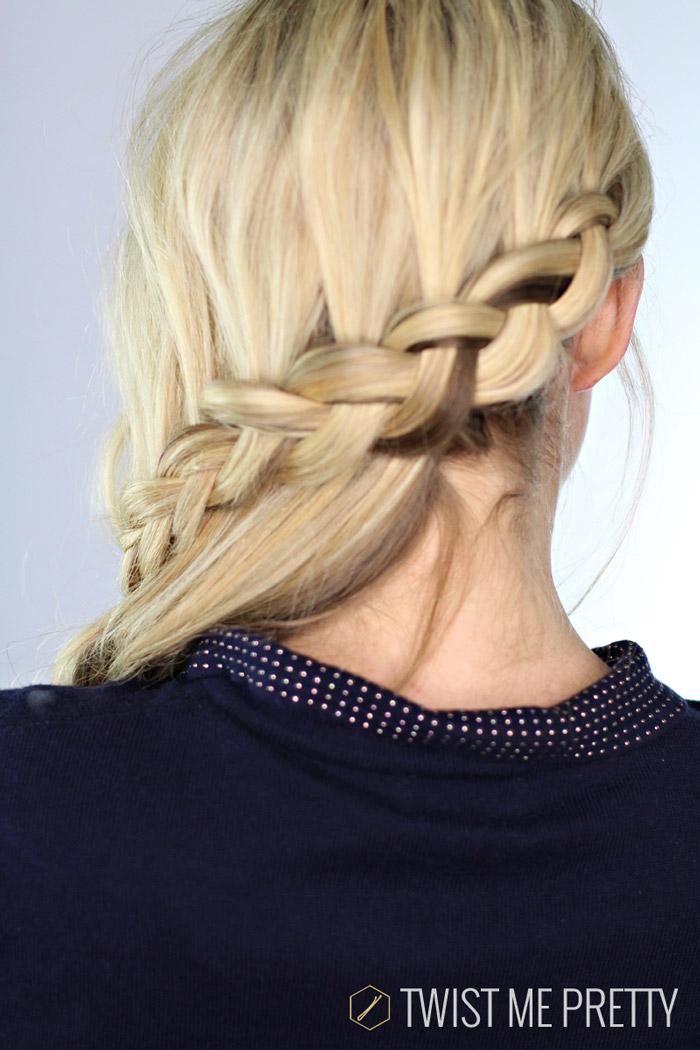 Fabulous Carousel Braid Day 10 Twist Me Pretty Short Hairstyles Gunalazisus
