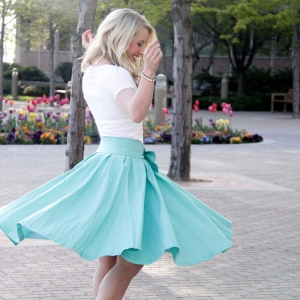 Take a Bow Skirt — sale!!!