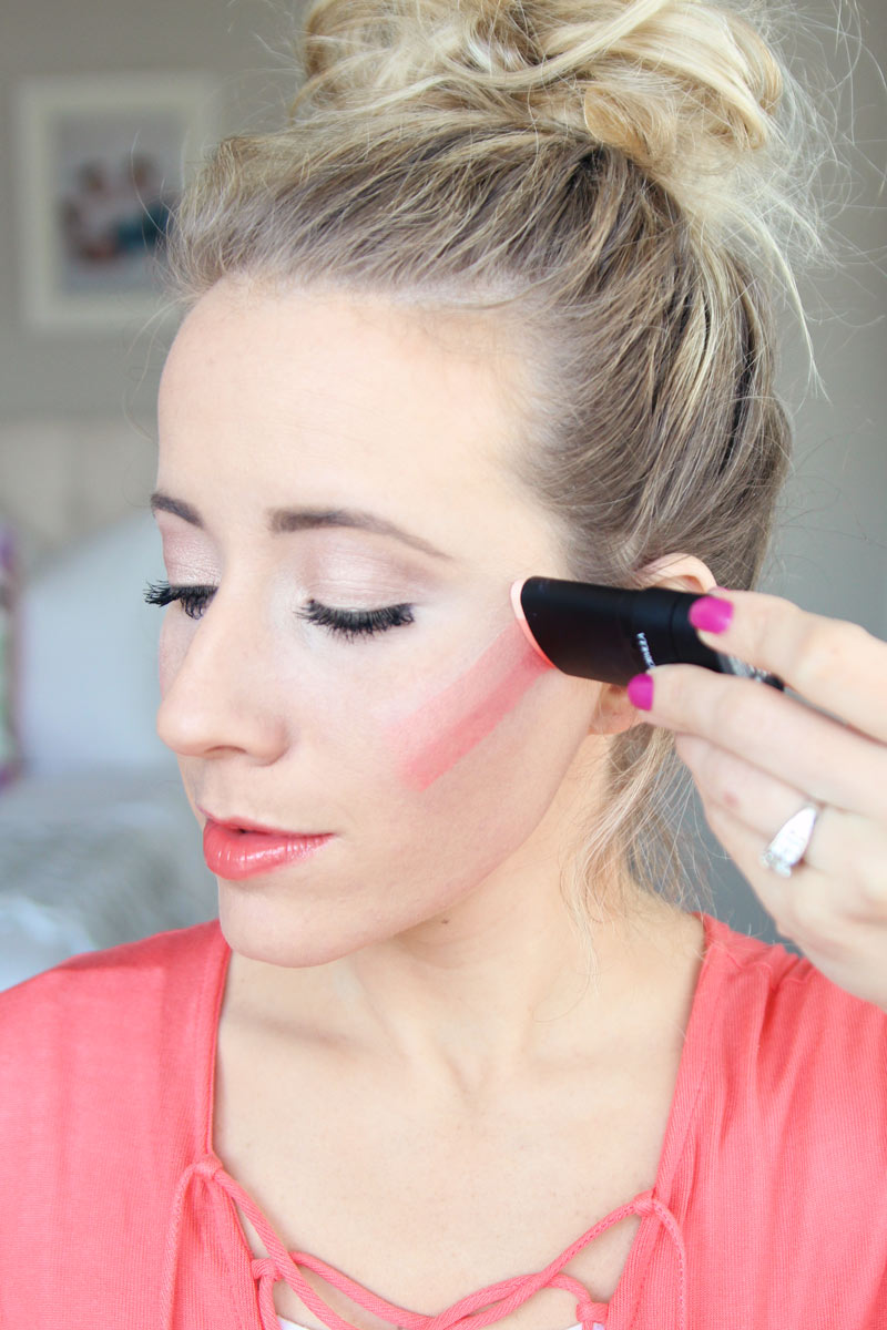 Abby loves Physicians Formula's #InstaReady contour blush cream! Easily apply blush with Physicians Formula!