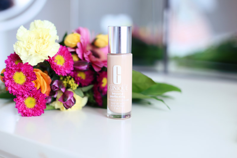 Clinique's Beyond Perfecting Foundation and Concealer is fresh and easy to use