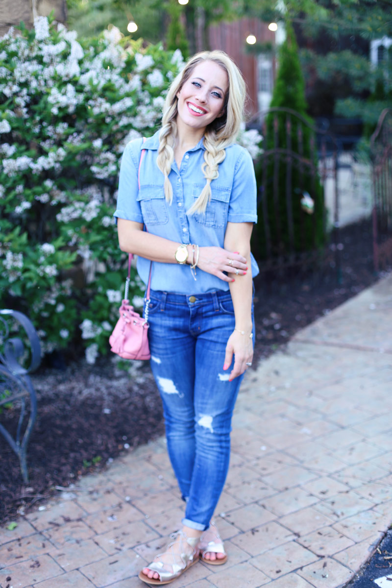 Cute chambray shirt paired with denims and flats.