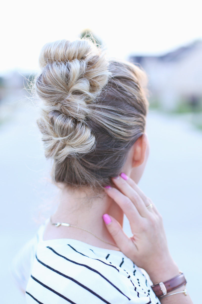 Abby's fancy top knot. Twist Me Pretty. Sunday Style