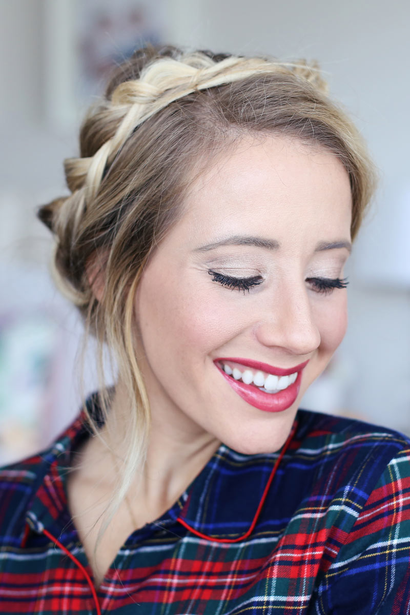 Abby looks festive and beautiful, wearing the perfect Christmas morning hair stlye: milk braids! Find out how at TwistMePretty.com