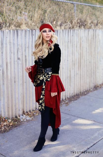 Pirate Makeup + Hair Tutorial | Halloween Costumes - Twist ... | 417 x 635 jpeg 188kB
