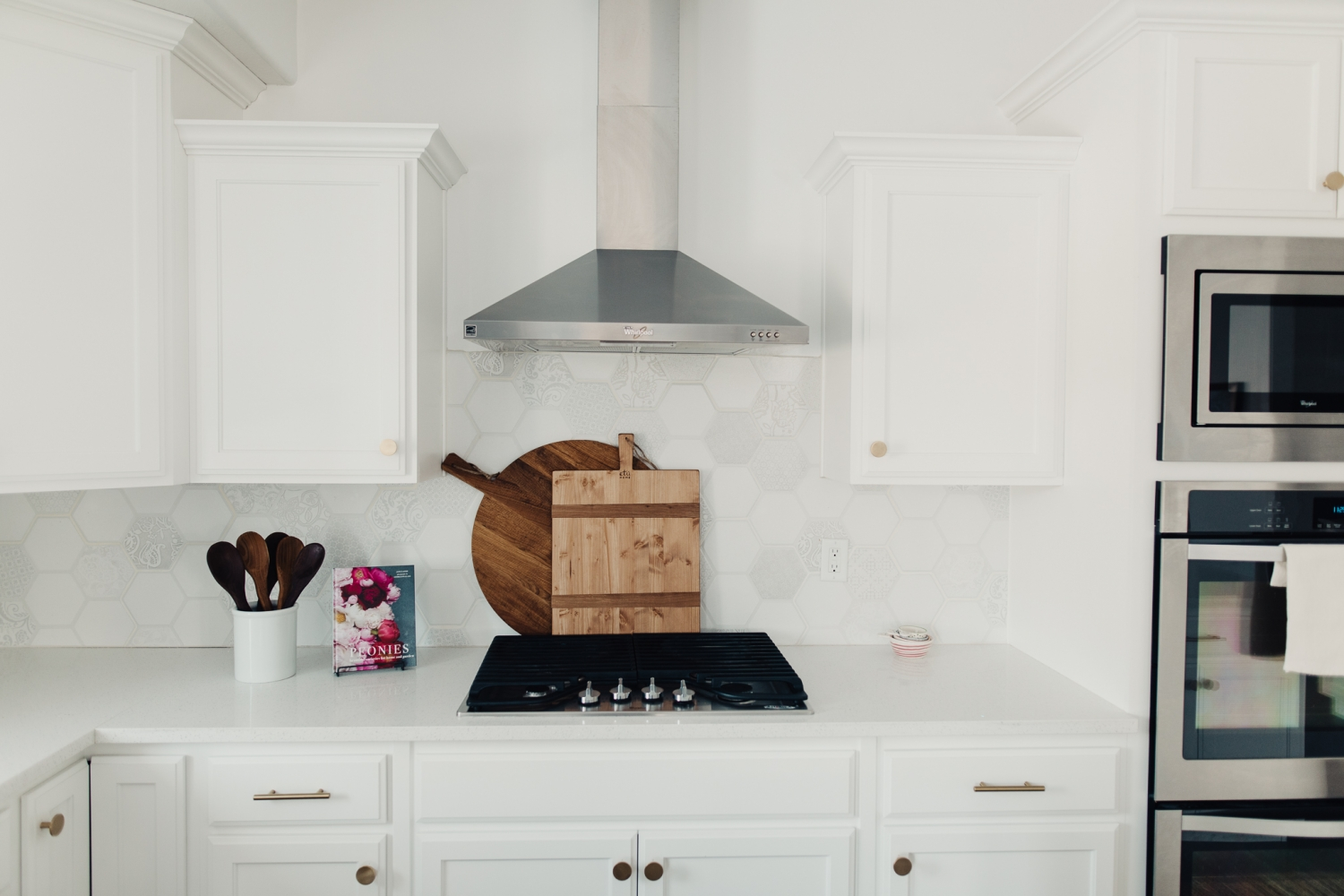 Kitchen and Dining Room Reveal! - Twist Me Pretty