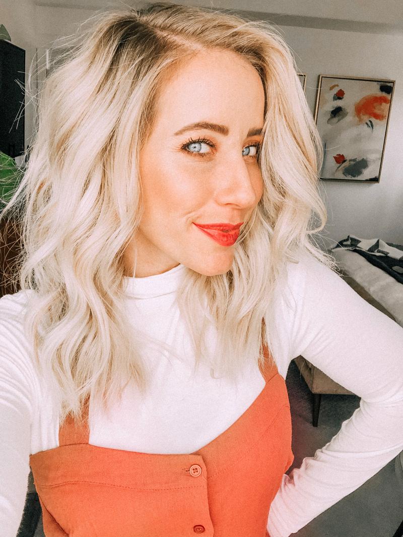 6 Tricks to Get Flirty Curls Full of Volume for Short Hair
