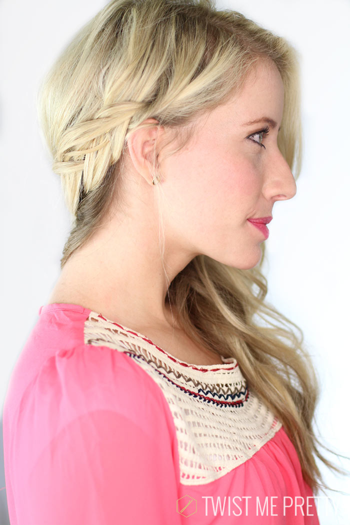 This versatile hairstyle is perfect for summer from Twistmepretty.com