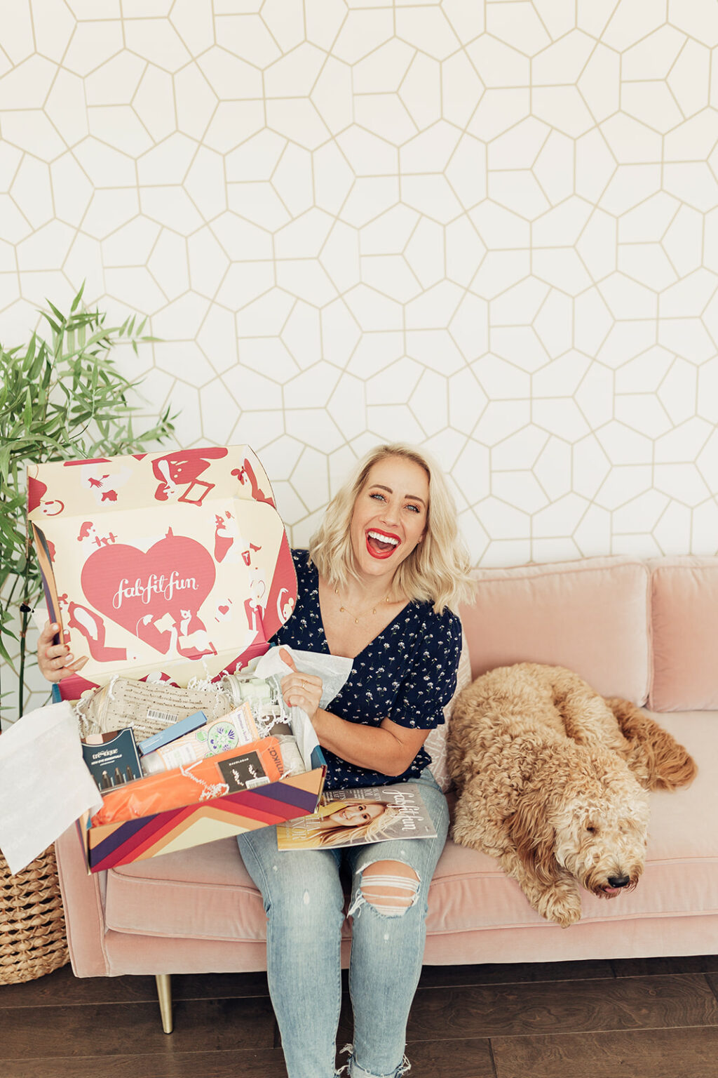 FabFitFun 2019 Box is here and here are the spoilers! Also, save 20% ($10) off your 1st box w/code: TWISTMEPRETTY. We will share the FULL LIST of FabFItFun Summer 2019 Box Spoilers, plus Add-Ons + Customization spoilers, when available!