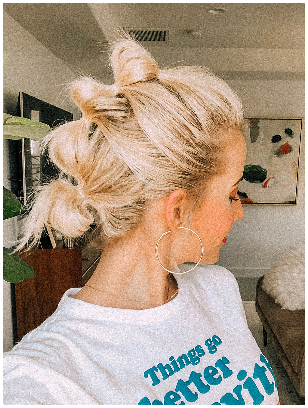 Quick and easy to do, the bubble ponytail is the best!