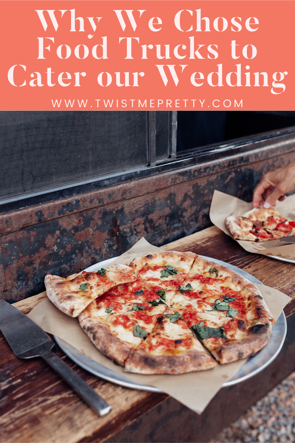 Why we chose food trucks to cater our wedding. www.twistmepretty.com
