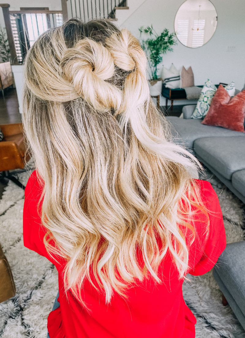 I love this twisted hearts hairstyle! www.twistmepretty.com