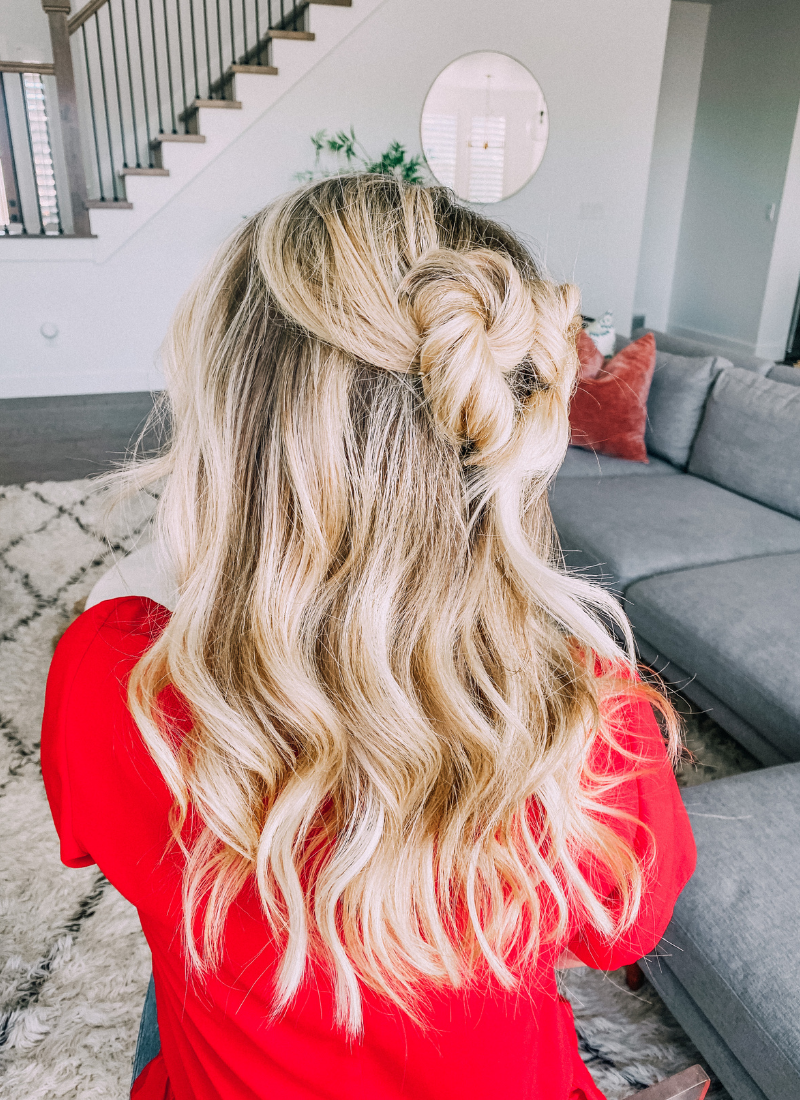 You will love this hairstyle for Valentine's Day whether you are an adult or a kid. www.twistmepretty.com