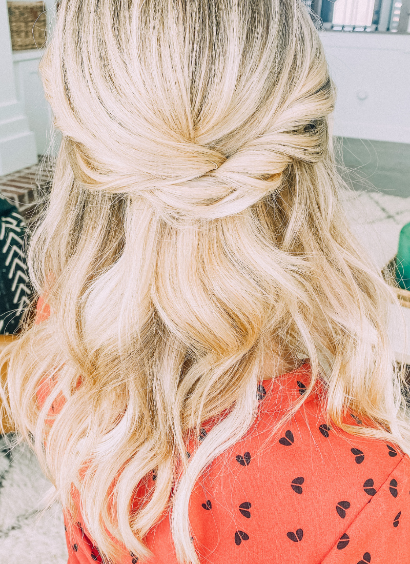 You'll love how easy this elegant twist style is to do. www.twistmepretty.com