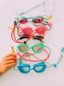 how to keep track of goggles. www.twistmepretty.com