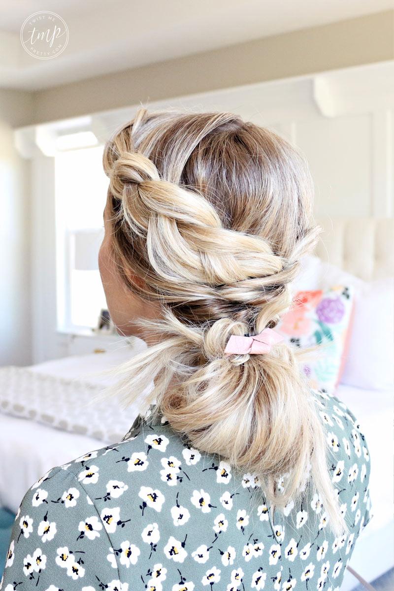 cómo hacer diferentes peinados con trenzas.  www.twistmepretty.com