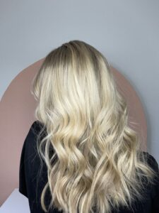 How to curl your hair and love the results. www.twistmepretty.com