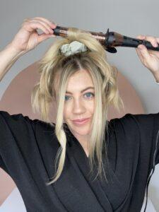 Manera fácil de rizar tu cabello.  www.twistmepretty.com