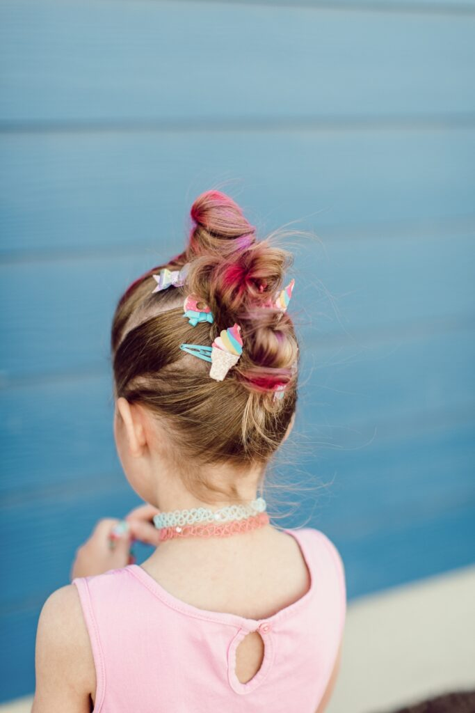 fun and easy little girl hairstyles. www.twistmepretty.com